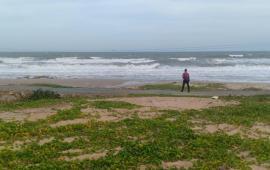 Đất Kê Gà - MT Lạc Long Quân - có bãi biển
