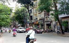 Cho thuê nhà mặt phố Nguyễn Đình Hoàn, Cầu giấy 60m*5Tầng mt5m ô tô đỗ cửa tiện KD, làm VP giá 22tr