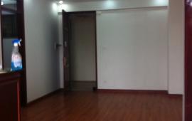Cho thuê chung cư số 6 Đội Nhân, Ba Đình 75m2 2PN thoáng mát nhà đẹp có đồ cơ bản 9tr/th 0988296228