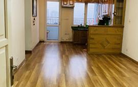 Cho thuê căn hộ chung cư 15B Đông Quan, Cầu Giấy căn 95m 3PN nhà đẹp có đồ cơ bản vào ở luôn được