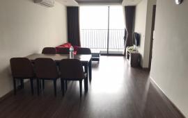 Cho thuê chung cư ngoại giao đoàn 3 phong ngủ full đồ View hồ giá 15tr/th LH:0906212358