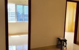 Cho thuê chung cư Ngoại Giao Đoàn tòa N03-T8, 90m2 3PN, 2WC, căn góc thoáng mát 7tr/th 0988296228