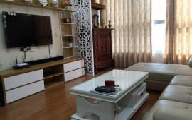 Chính chủ cho thuê căn hộ cao cấp tại Dự án chung cư D2 Giảng Võ, Ba Đình 118m2, 3PN, giá 13 triệu/tháng.