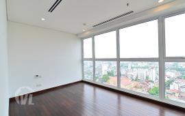 Cho thuê chung cư Hà Nội Aqua Central Yên Phụ 3PN, 119m2, đồ cơ bản, giá 20 triệu/th LH: 0967566993