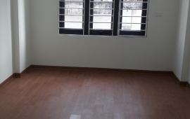 Cho thuê nhà ngõ phố phố Cù Chính Lan, Thanh Xuân, oto đồ cửa, 4 p ngủ . LH: 038 7847288