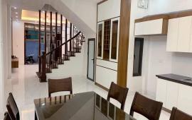 Bán nhà riêng phường Mai Động, Hoàng Mai, đẹp sang trọng, 52 m2, 5 tầng, 4 tỷ 2
