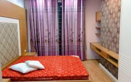 Cần cho thuê gấp căn hộ CC Intracom giá siêu mềm, 1PN, 54m2, đồ CB + giường, chỉ 5tr, LH 0972784001