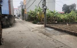 Bán gấp lô góc 2 mặt tiền 57m tại thôn Nhì,Vân Nội. Đường rộng ngõ thông ô tô tránh