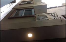 Cho thuê nhà phố xuân đỉnh, từ liêm mới xây 5 tầng 31m 4pn thoáng mát giá 8tr/th 0988296228