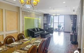 Chủ nhà cần cho thuê gấp căn hộ 167m2, 3 ngủ Vinhomes Nguyễn Chí Thanh, LH 0974429283
