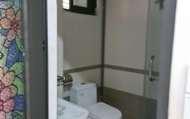 Cho thuê căn hộ chung cư ngay ngã tư lê văn lương hoàng minh giám - DT-2PN 1VS sàn gỗ nhà và đồ như hình