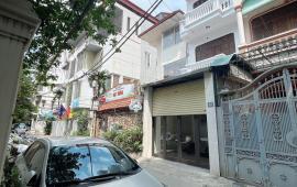 Cho thuê nhà trong ngõ 32 Đào Tấn, Ba Đình 65m x4T ngõ oto dừng đỗ tránh nhau nhà có đồ giá 25tr